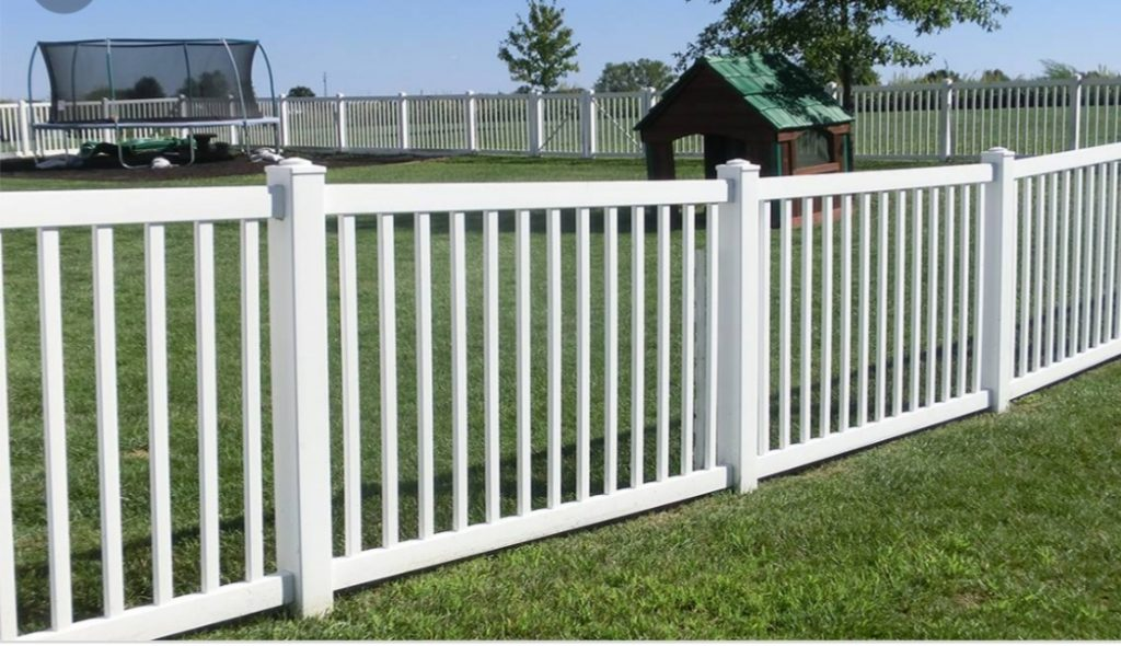 Types of Pool Fences in Grand Prairie